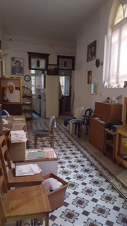 דירה עתיקה לשיפוץ בלב שוק הפשפשים