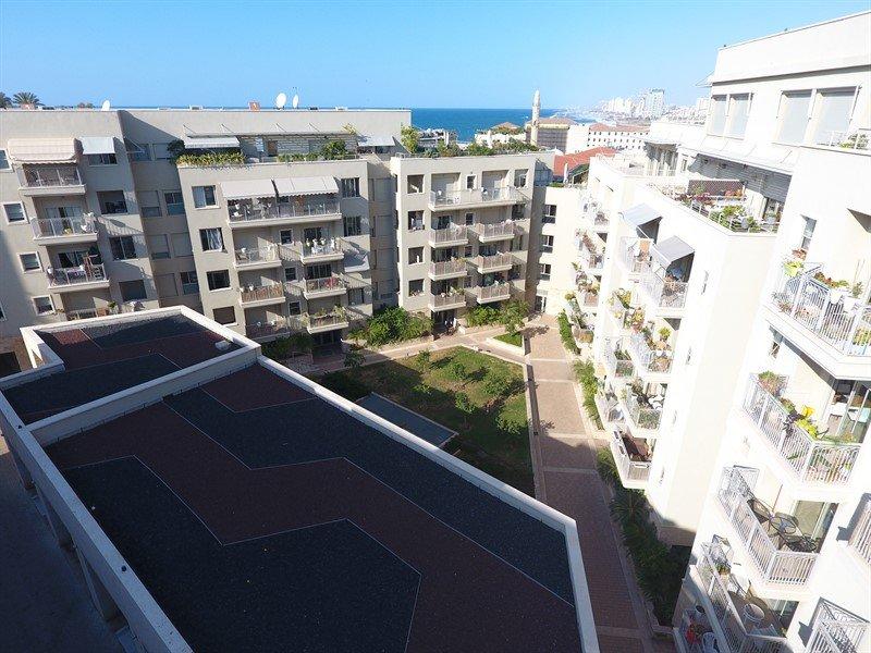 """דירת 2.5 חד' בשוק הפשפשים 2,450,000 ש""""ח"""