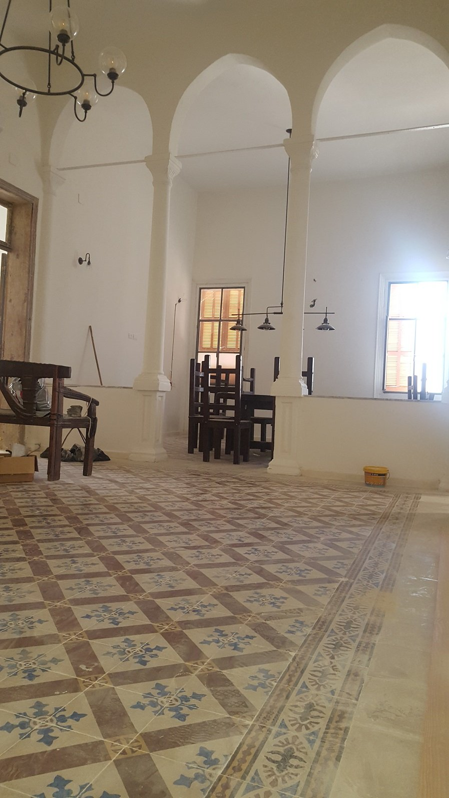 """דירת 5 חד' בית ערבי ענק עם 200 מ' גג - 20,000 ש""""ח"""