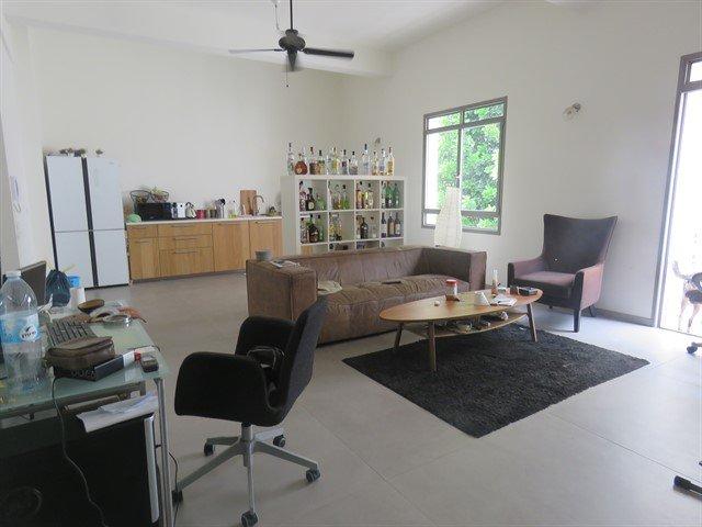 """דירת 4 חד' מרווחת בשכונת נוגה - 10,000 ש""""ח"""