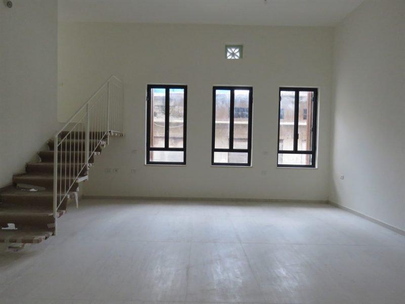 דירת 4 חד' בשוק הפשפשים